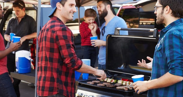 The Perfect Tailgating Kit for Your Car