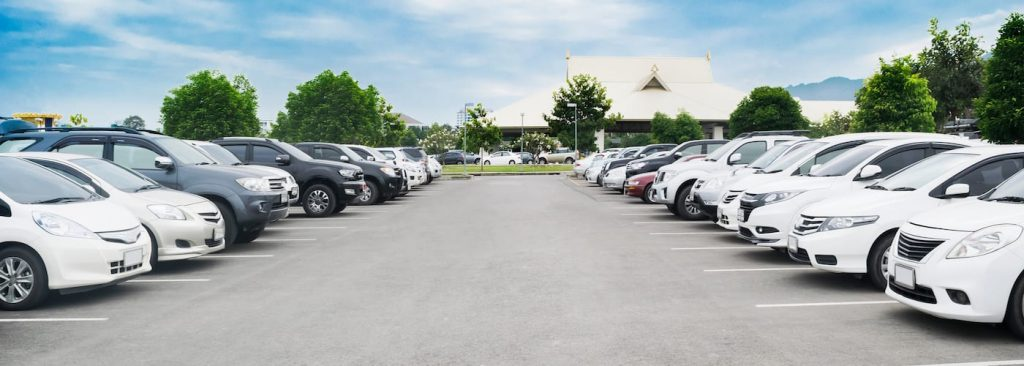 The Ultimate Guide to Parking Lot Etiquette